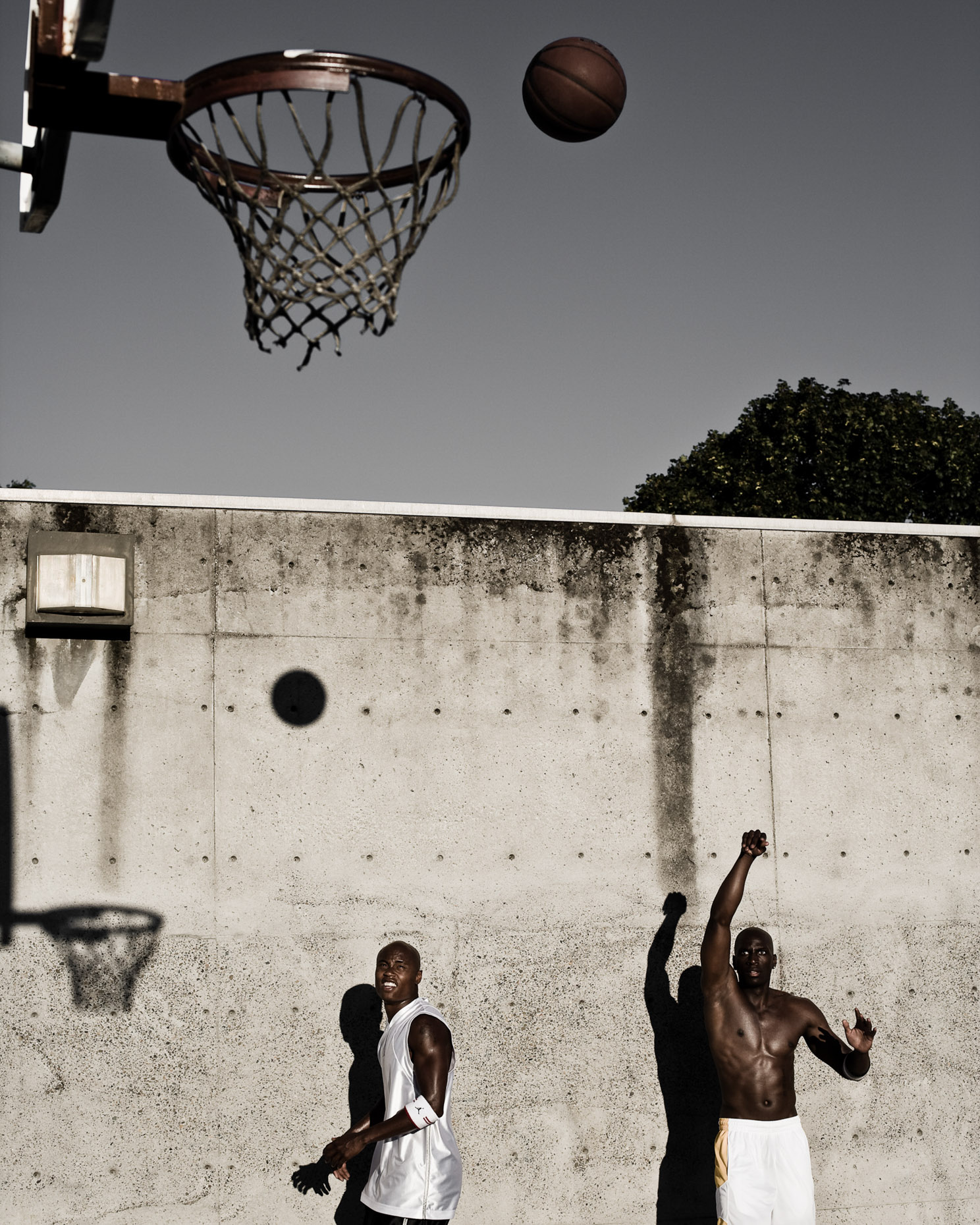 dramatic basketball photographer Andy batt shoots some hoops with Terrick Ford for Nike Jordan brand.