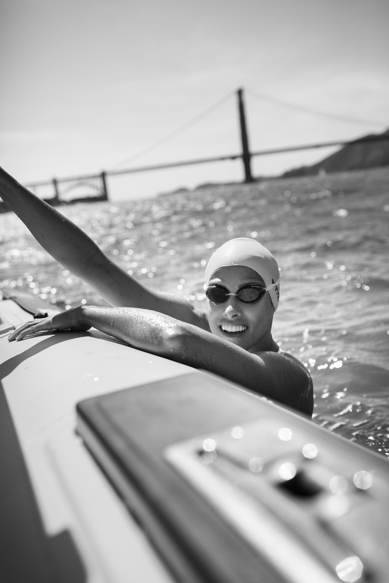 andy BATT photographs marathon swimmer Laurin Weisenthal for OUTSIDE Magazine