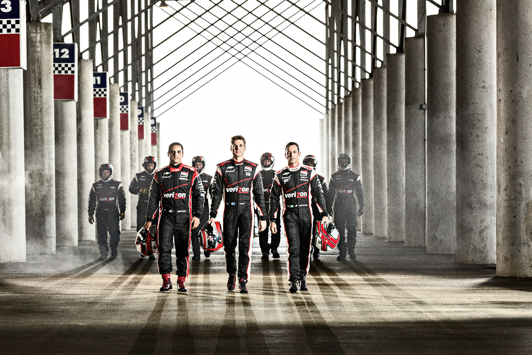 Penske Indycar racers and pit crew for Verizon