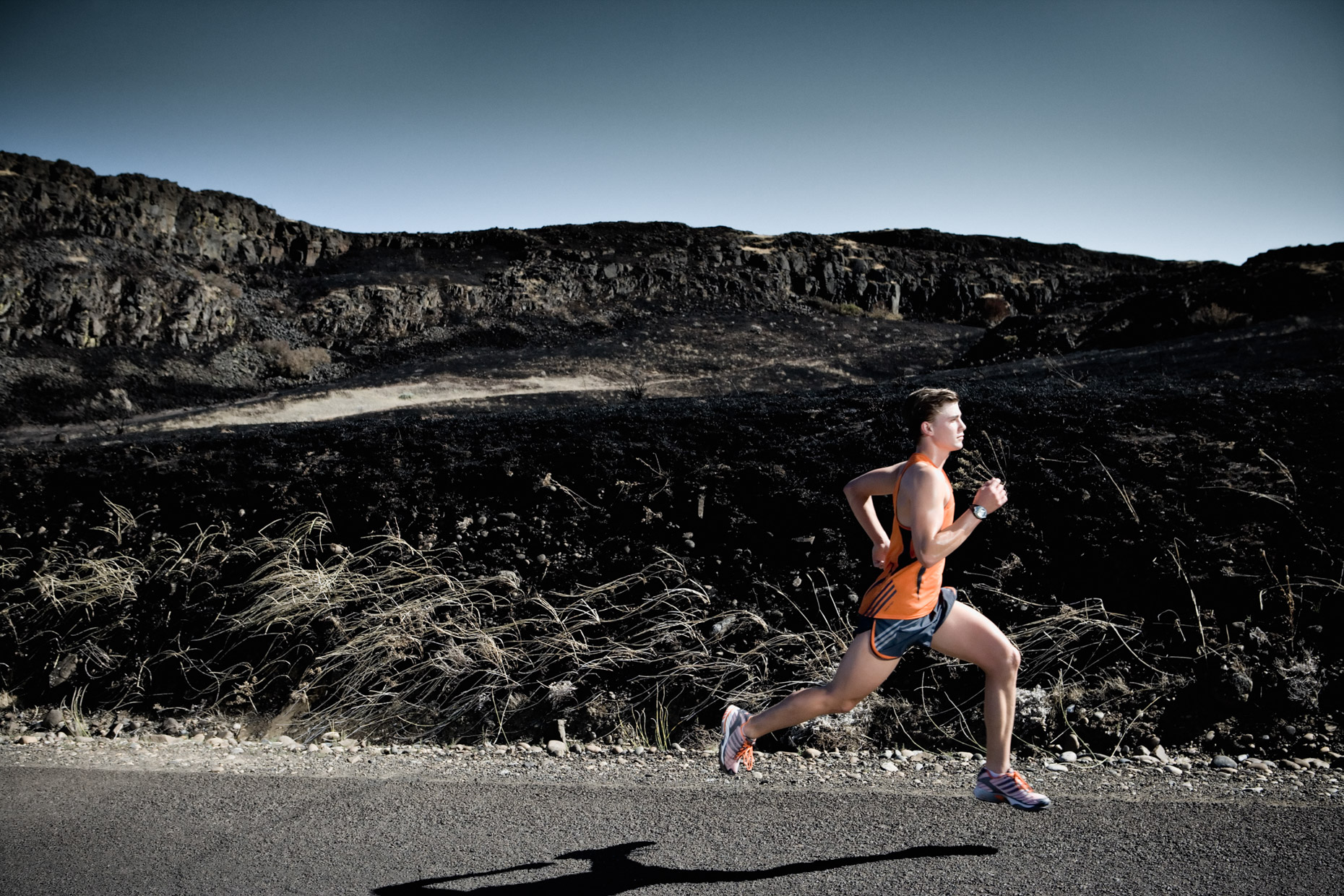 desert running and training for marathon sports by dramatic sport photographer Andy Batt